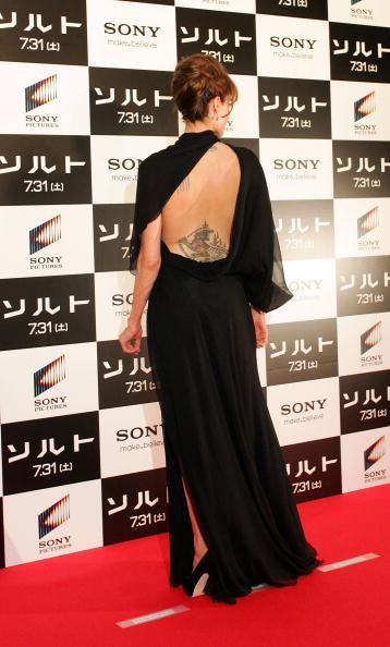 """Evening Gown「""""Salt"""" Japan Premiere」:写真・画像(12)[壁紙.com]"""