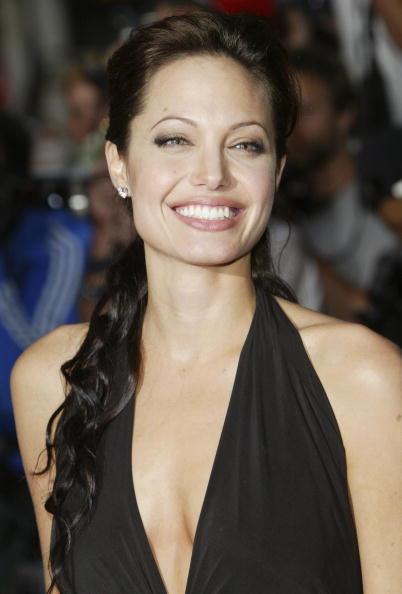 Steve Finn「Angelina Jolie」:写真・画像(19)[壁紙.com]