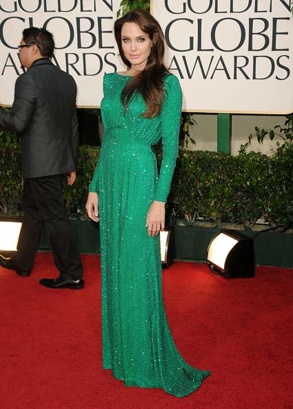 アンジェリーナ・ジョリー「68th Annual Golden Globe Awards - Arrivals」:写真・画像(17)[壁紙.com]