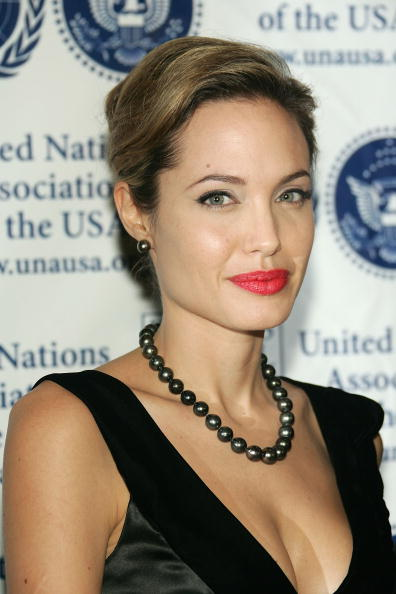 Hair Back「The United Nations Association Annual Dinner」:写真・画像(1)[壁紙.com]
