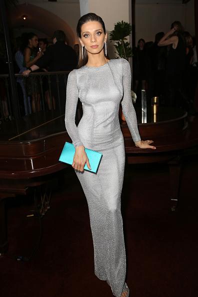 スポンサー「Entertainment Weekly Celebrates SAG Award Nominees at Chateau Marmont sponsored by Maybelline New York - Inside」:写真・画像(11)[壁紙.com]