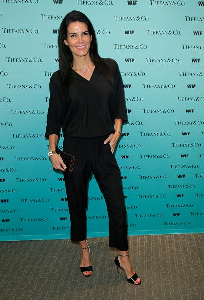 Angie Harmon「Tiffany & Co. And Women In Film Celebrate Sue Kroll」:写真・画像(7)[壁紙.com]