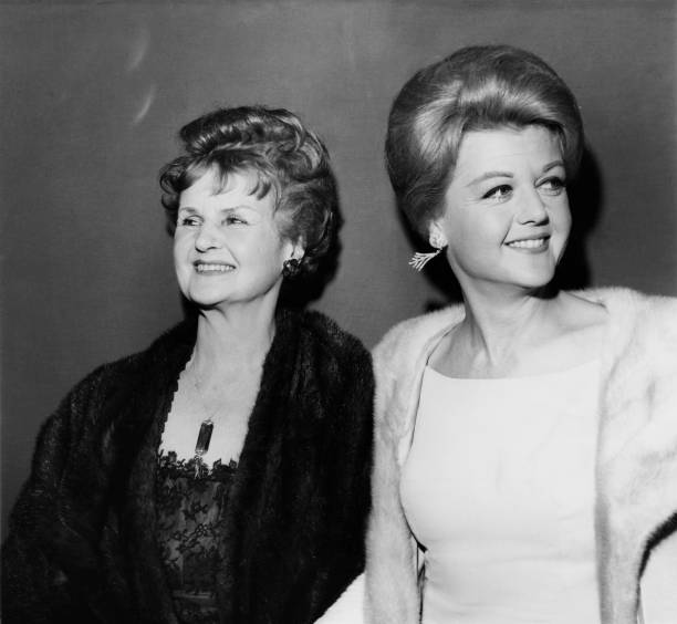 Two People「Angela Lansbury And Mother」:写真・画像(19)[壁紙.com]