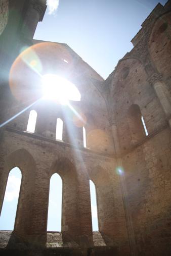 Abbey - Monastery「San Galgano Abbey church in Tuscany Italy」:スマホ壁紙(8)