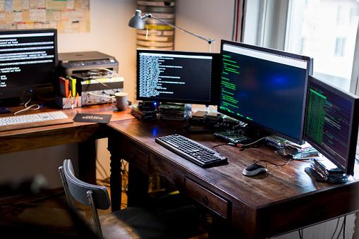 Cyber-「office of a cyber attack team」:スマホ壁紙(8)