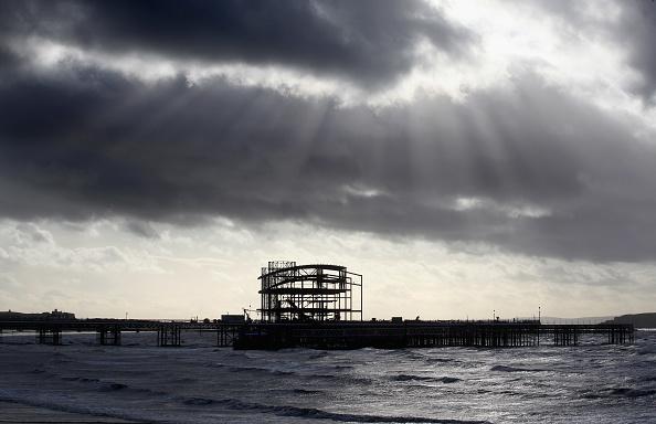 Weston-super-Mare「Reconstruction Continues On Weston Pier」:写真・画像(1)[壁紙.com]