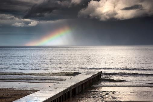 虹「A Rainbow Shining In The Storm Clouds」:スマホ壁紙(16)