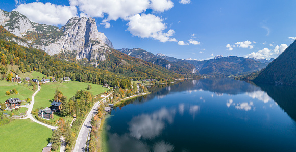 Salzkammergut「Lake Grundlsee, Autumn Colors, Austria, Austrian Alps」:スマホ壁紙(16)