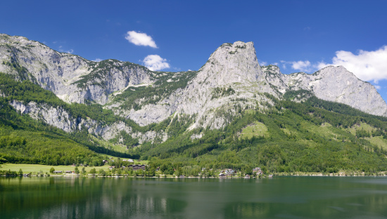 Dachstein Mountains「Lake Grundlsee with Mountain Backenstein, Austria Alps (XXXL)」:スマホ壁紙(2)