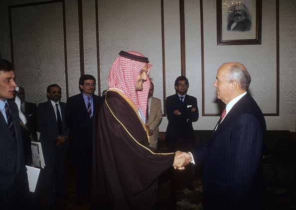 Middle East「Mikhail Gorbachev And Prince Saud al-Faisal」:写真・画像(10)[壁紙.com]