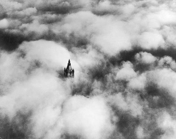 Lower Manhattan「Above The Clouds」:写真・画像(2)[壁紙.com]