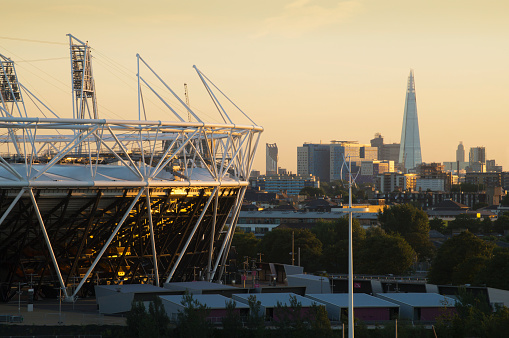 Olympic Stadium「City skyline from Stratford」:スマホ壁紙(7)