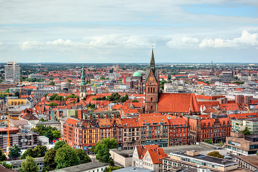 Cathedral「City skyline, Hanover, Germany」:スマホ壁紙(8)