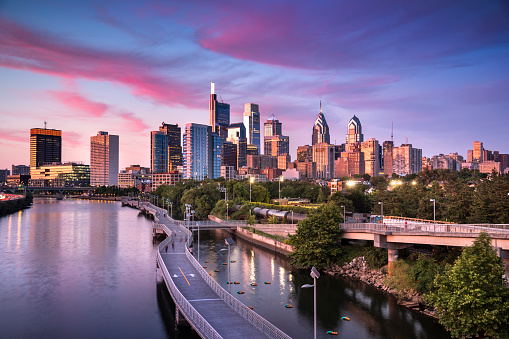 Philadelphia - Pennsylvania「City skyline view of Philadelphia Pennsylvania」:スマホ壁紙(9)