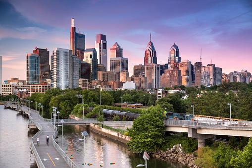 Philadelphia - Pennsylvania「City skyline view of Philadelphia Pennsylvania」:スマホ壁紙(10)