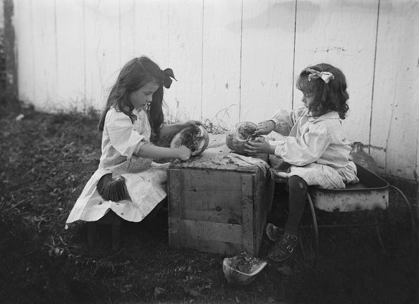 メロン「Two Young Girls Wth Watermelon」:写真・画像(17)[壁紙.com]