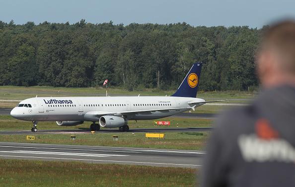 Passenger Cabin「Lufthansa Braces For 24-Hour Strike」:写真・画像(6)[壁紙.com]