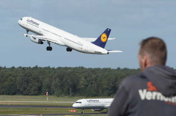 Lufthansa「Lufthansa Braces For 24-Hour Strike」:写真・画像(1)[壁紙.com]
