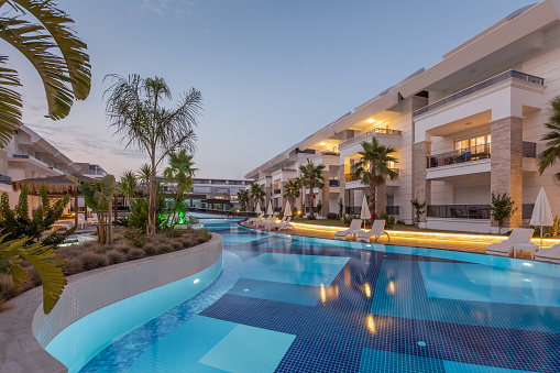 Palm Tree「Luxury Construction hotel with Swimming Pool at sunset」:スマホ壁紙(12)