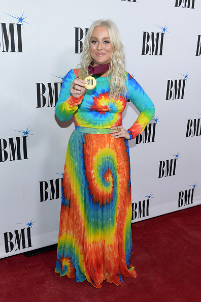BMI Country Awards「67th Annual BMI Country Awards - Arrivals」:写真・画像(2)[壁紙.com]