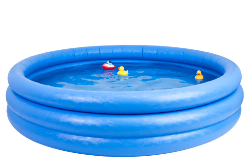 Relaxation「Inflatable swimming pool with rubber duck and toy 」:スマホ壁紙(4)
