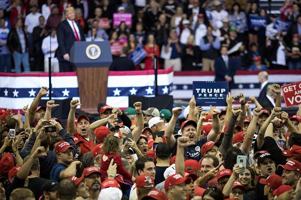 US President「President Trump Holds Rally In Houston, Texas」:写真・画像(11)[壁紙.com]