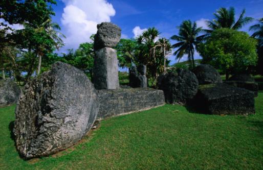 Northern Mariana Islands「Latte stones at Taga House, San Jose, Tinian Island, Northern Mariana Islands, Pacific」:スマホ壁紙(7)