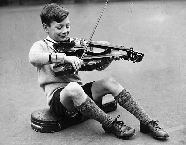 Two Violins:ニュース(壁紙.com)