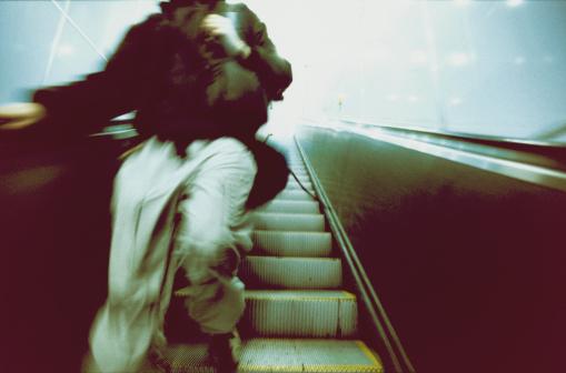 Tank Top「Man Walking Down Escalator」:スマホ壁紙(16)
