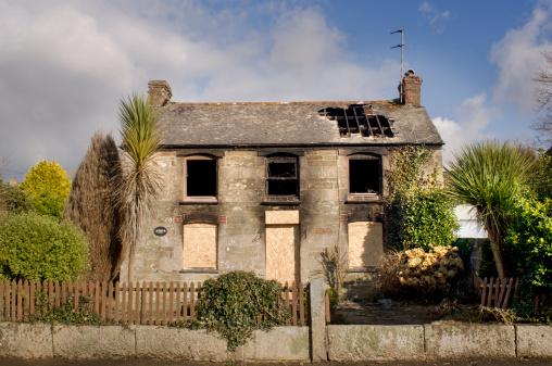Insurance「Burnt Cottage」:スマホ壁紙(10)