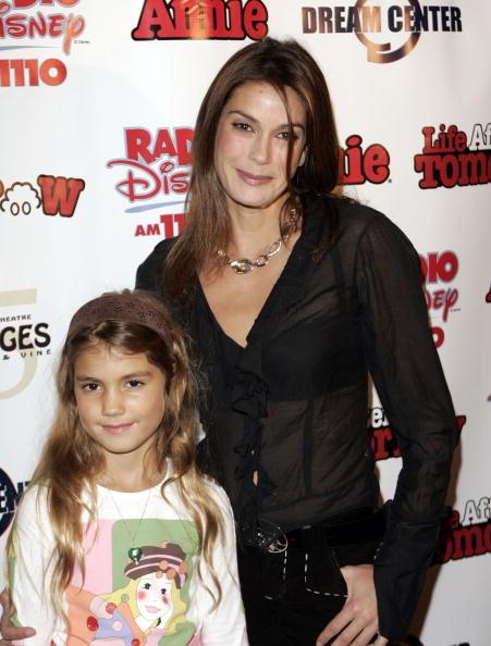 Transparent「'Annie' Kids' Night To Benefit Those Oprhaned By Hurricane Katrina」:写真・画像(15)[壁紙.com]