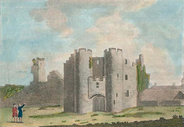 Castle「Gate Of Pembroke Castle, Pembrokeshire, 1785.」:写真・画像(16)[壁紙.com]