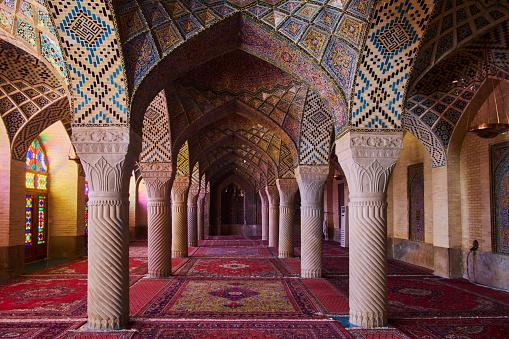 Iranian Culture「Iran, Shiraz, Nasir al Molk mosque」:スマホ壁紙(19)