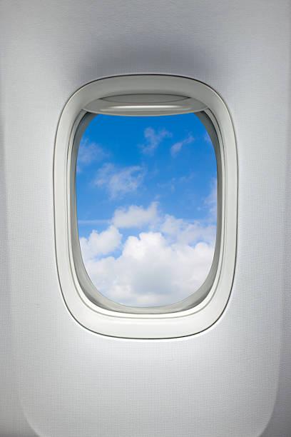 Airplane window (Clipping Path):スマホ壁紙(壁紙.com)