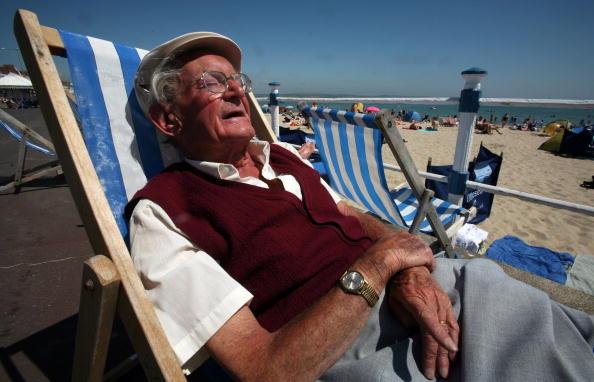 Chair「British Seaside Gears Up For School Holidays」:写真・画像(7)[壁紙.com]