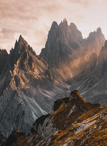 Hiking「Landscape of beautiful sunset view from Cima Cadin di San Lucano, Dolomites, Italy」:スマホ壁紙(15)