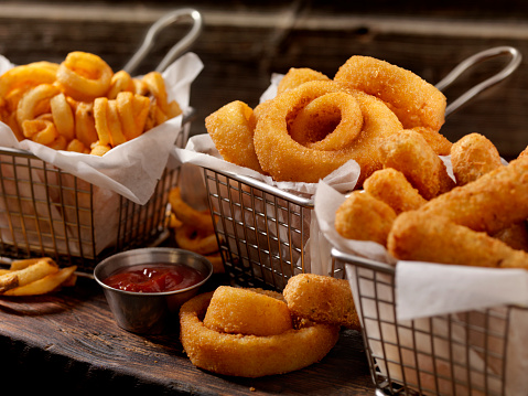 Pub Food「Baskets of Onion Rings, Curly Fries and Cheese Sticks」:スマホ壁紙(15)