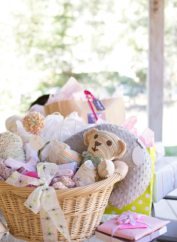 Stuffed Toy「Baskets of toys for baby shower」:スマホ壁紙(16)