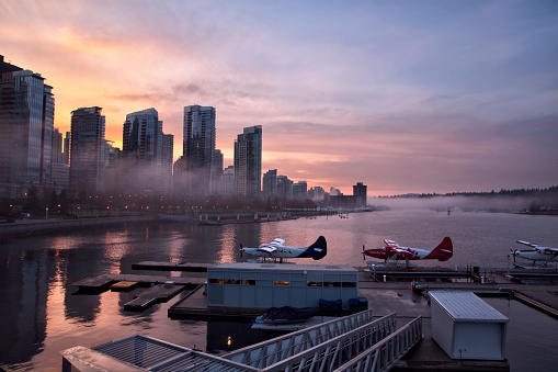 Vancouver - Canada「Coal harbour at sunset, Vancouver, Canada」:スマホ壁紙(19)