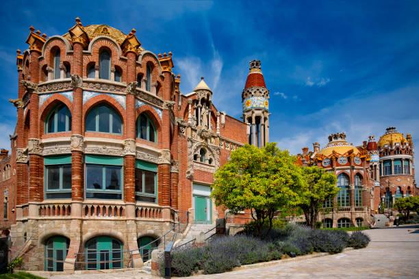 Spain, Barcelona, Hospital de la Santa Creu i Sant Pau:スマホ壁紙(壁紙.com)
