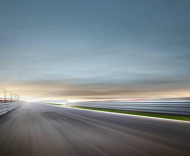 Moody Race Track:スマホ壁紙(壁紙.com)