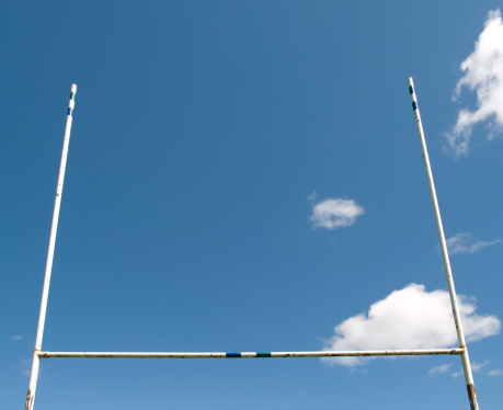Wooden Post「Rugby Goalposts」:スマホ壁紙(15)