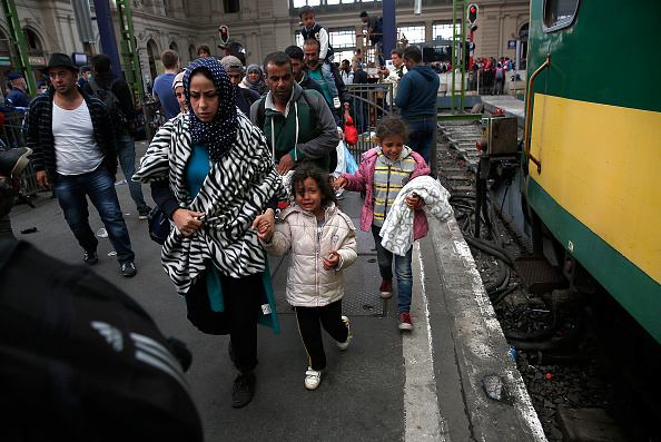 Hungary「Migrants Continue To Arrive In Hungary」:写真・画像(5)[壁紙.com]