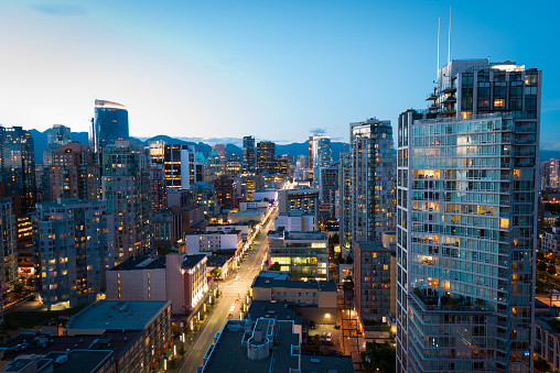 British Columbia「Downtown Vancouver at dusk」:スマホ壁紙(18)