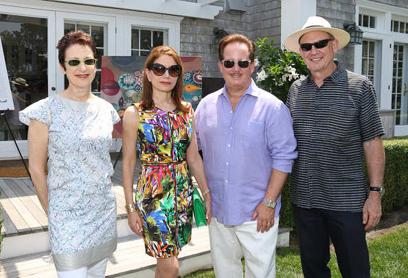 Publication「Hamptons Magazines Celebrates Cover Art By Melinda Hackett At A Brunch Benefiting Parrish Art Museum At The Home Of Susan And Tim Davis」:写真・画像(9)[壁紙.com]