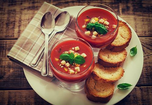 Picnic Table「Fresh Cold Gazpacho Soup」:スマホ壁紙(6)