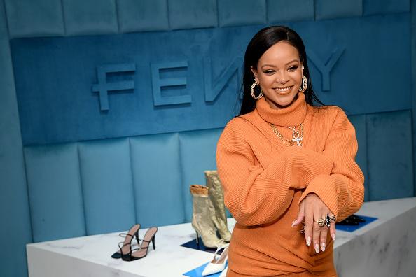 Rihanna「Robyn Rihanna Fenty And Linda Fargo Celebrate The Launch Of FENTY At Bergdorf Goodman」:写真・画像(6)[壁紙.com]