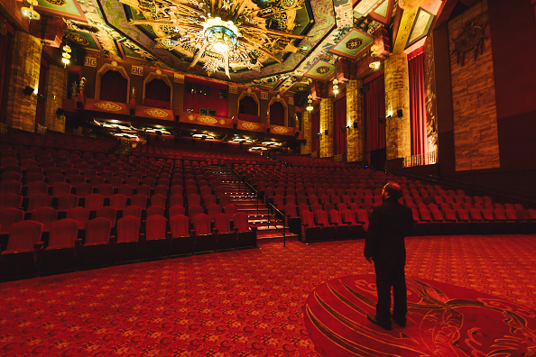 TCL Chinese Theatre「TCL Chinese Theatre Celebrates 93rd Birthday」:写真・画像(12)[壁紙.com]