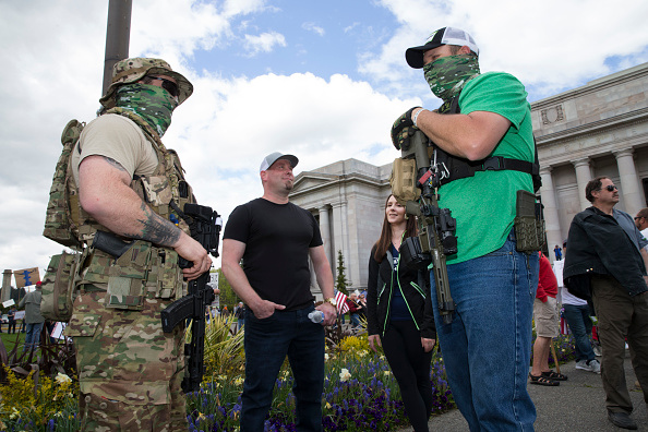 Carrying「Protestors Rally Against Stay-At-Home Order At Washington State Capitol」:写真・画像(13)[壁紙.com]