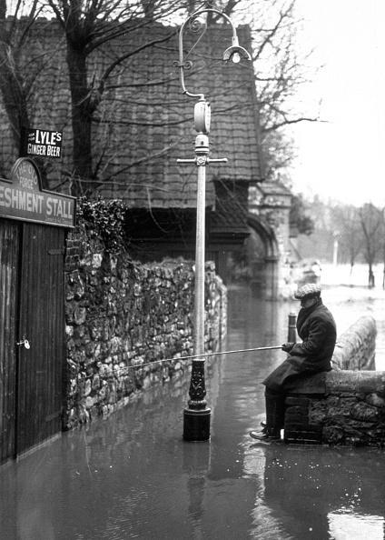 Torrential Rain「Street Fishing」:写真・画像(10)[壁紙.com]
